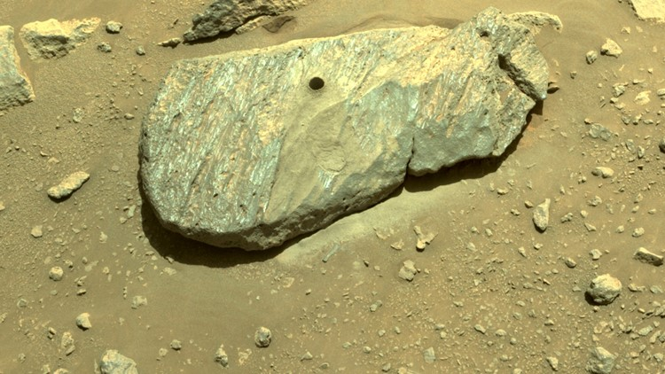 NASA confirms Mars rover's 1st rock sample grab, 40 to go