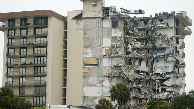 WATCH LIVE: Area officials give latest updates on Miami area building collapse