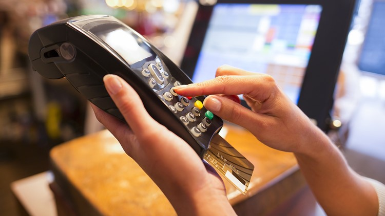 Reports: Credit card payment services crash at stores, restaurants across US