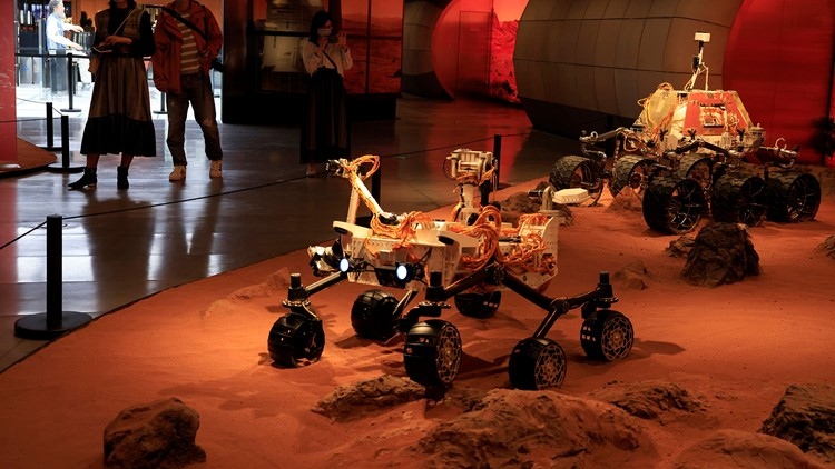 China lands spacecraft on Mars for 1st time