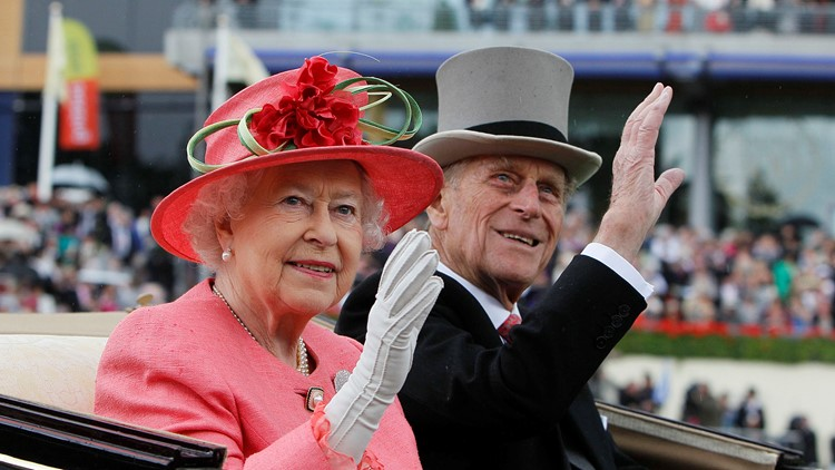 Queen returns to royal duties after death of Prince Philip