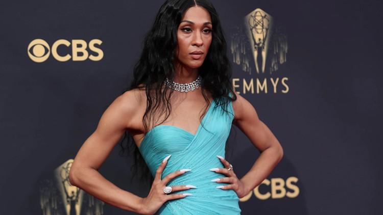 PHOTOS: Emmys 2021 red carpet