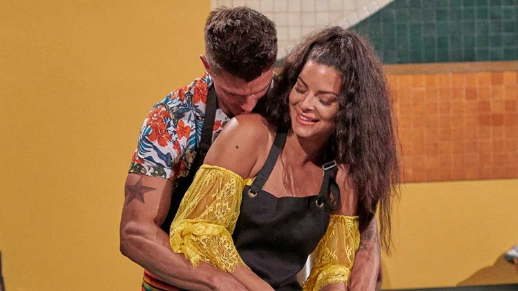 'Bachelor in Paradise' Episode 9 Recap: A Tearful Exit, an Evacuation and Those 3 Little Words