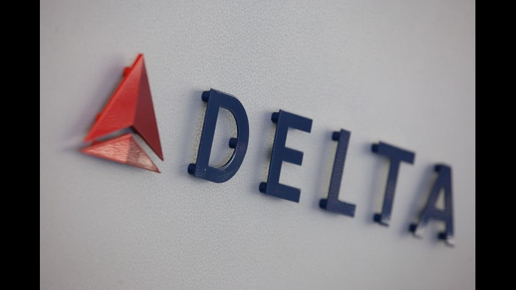 Delta Briefly Halts U.S. Departures Because of Tech Problem