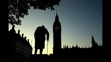 Britain's top Brexit negotiator Dominic Raab resigns, dealing blow to  Theresa May