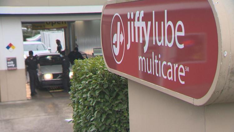 Bi-racial teen given name 'George Floyd' on service invoice at Washington state Jiffy Lube