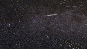 Shooting star lights up western sky in Washington and British Columbia
