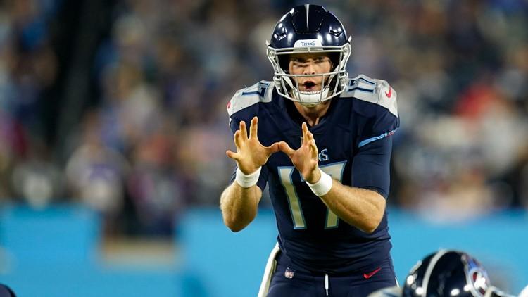 Week 7 NFL fantasy football start or sit: Derek Carr, Cardinals RBs, Devonta Smith