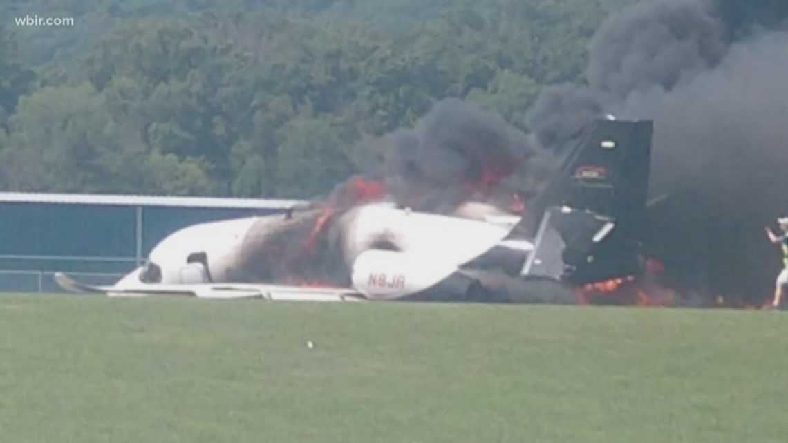 Collapsed landing gear to blame for plane crash involving Dale Jr., NTSB says