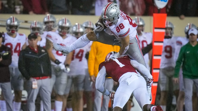 No. 5 Ohio State extends streak with 54-7 blowout at Indiana