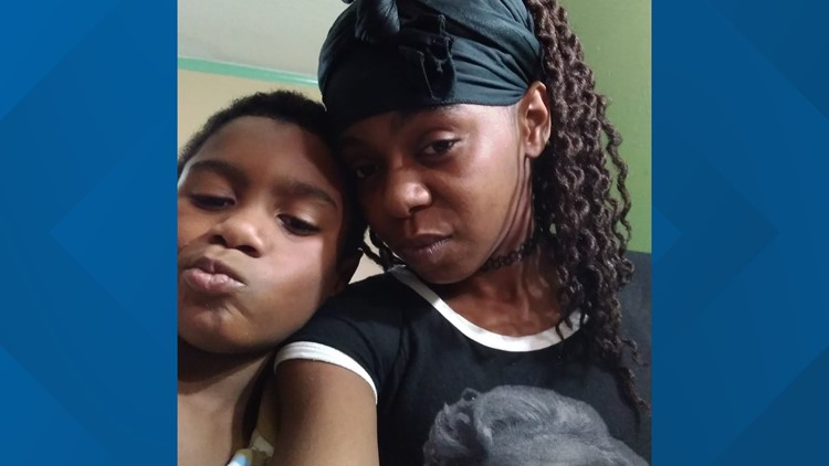 Amari Roseboro and mom, Apolonia Snipes