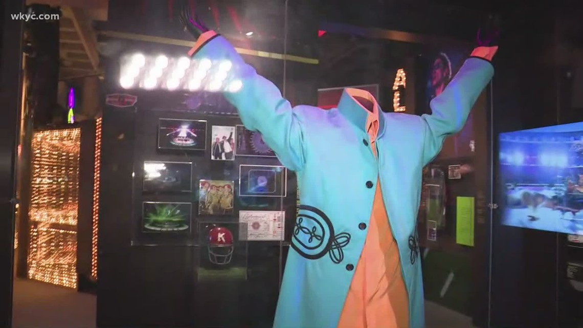 Rock & Roll Hall of Fame opens Super Bowl halftime exhibit