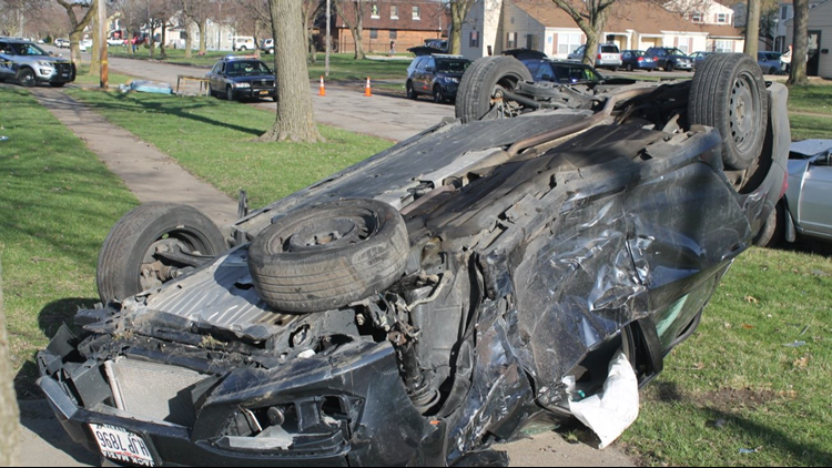 Javiaan Davis' car flips over during pursuit by Lorain Police