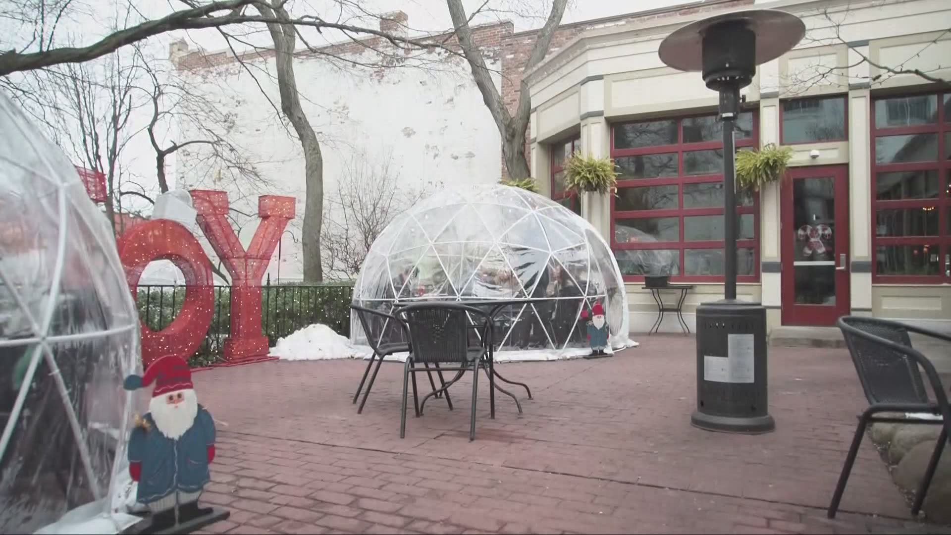 Northeast Ohio Restaurants Extending Outdoor Dining Into Winter With Globes Grottos Igloos Wkyc Com