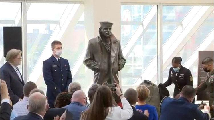 Lone Sailor Statue makes its Cleveland debut