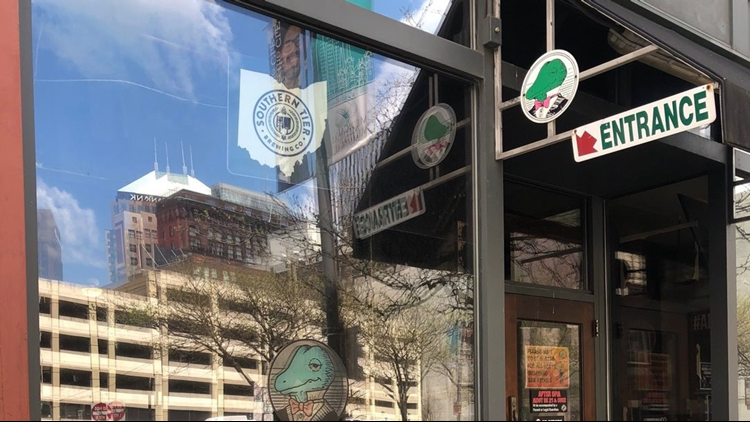Winking Lizard low on staff at downtown Cleveland locations ahead of NFL Draft