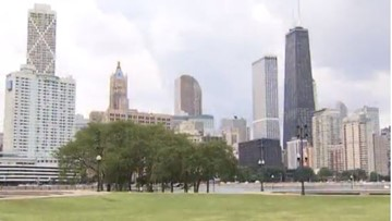 Pet owners issue warning after dogs become violently ill at Chicago dog park
