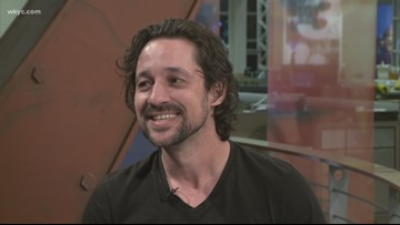 Actor Thomas Ian Nicholas to give free concert to benefit Akron Children's Hospital