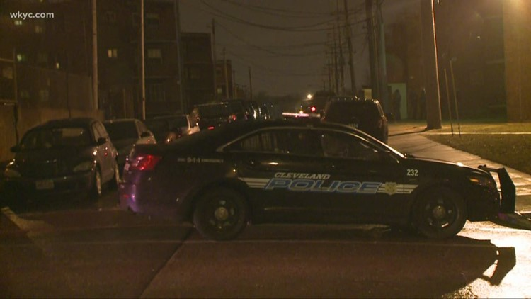 2 dead in murder-suicide on Cleveland's west side