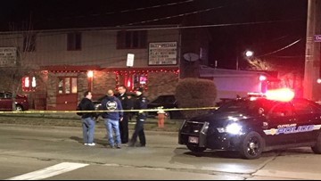 2 hurt in overnight shooting during Cleveland bar fight