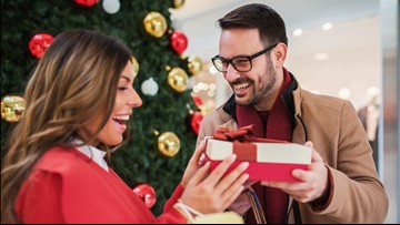 9% of Americans break up with their partner to avoid buying holiday gifts, survey says