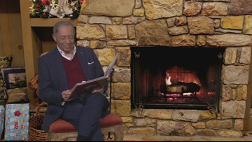 WATCH | Leon Bibb narrates 'The Night Before Christmas'