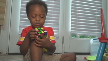 Watch as 3-year-old Cleveland boy solves Rubik's Cube