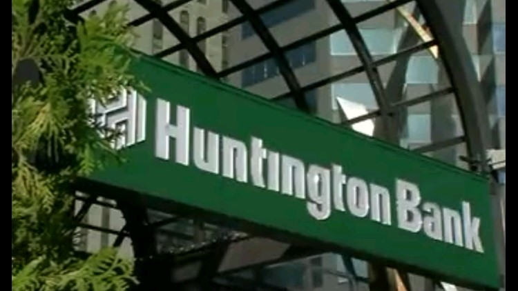 closest huntington bank to me