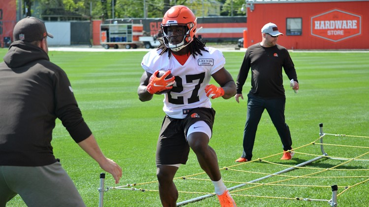 Cleveland Browns RB Kareem Hunt during OTAs 5
