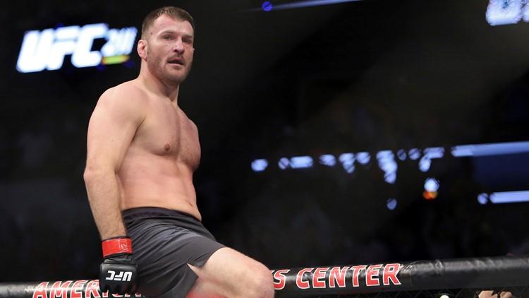 Stipe Miocic vs. Junior dos Santos UFC 211 Mixed Martial Arts