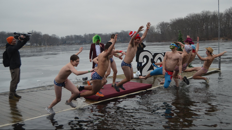 VIDEO | Portage Lakes Polar Bear Jump 2019: Watch as hundreds plunge into icy waters for charity