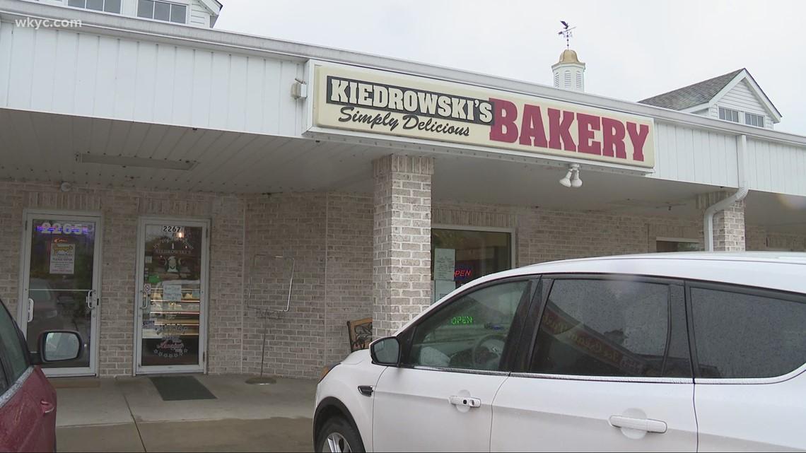 Kiedrowski's Bakery shares it's treats with the NFL Draft