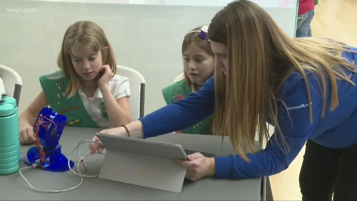 Girls in STEM: Microsoft partners with Girl Scouts for STEM workshops