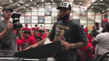 Cleveland Browns wide receiver Odell Beckham Jr. surprises high school football team with new shoes