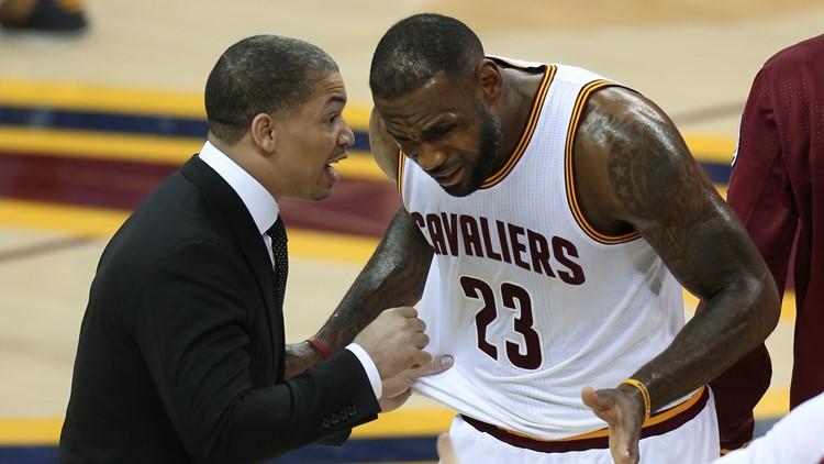 Tyronn Lue LeBron James NBA Finals Golden State Warriors-Cleveland Cavaliers