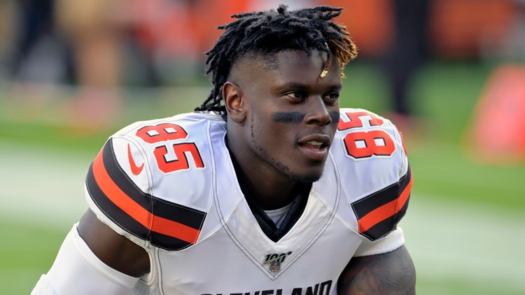 Cleveland Browns TE David Njoku placed