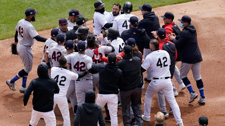 Watch: Cleveland Indians and Chicago White Sox get in bench-clearing brawl