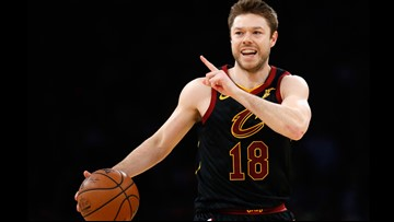 GENDER REVEAL! Cavaliers guard Matthew Dellavedova, wife Anna expecting baby boy