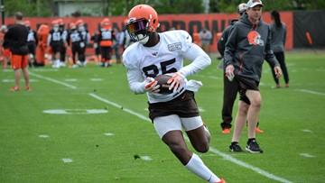 Cleveland Browns mulling surgical options for David Njoku, Christian Kirksey