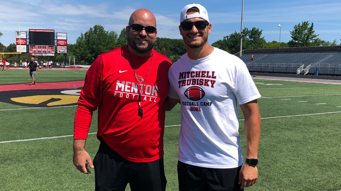 NFL QB Mitch Trubisky holds youth football camp in hometown of Mentor, Ohio