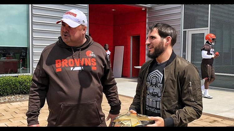 c0bc8aa92 NXT champion Johnny Gargano visits Cleveland Browns | wkyc.com