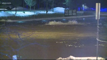Streets flooded amid water main break in Middleburg Heights