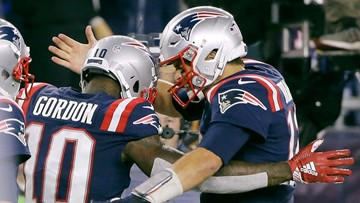 Patriots QB Tom Brady works out with suspended WR Josh Gordon