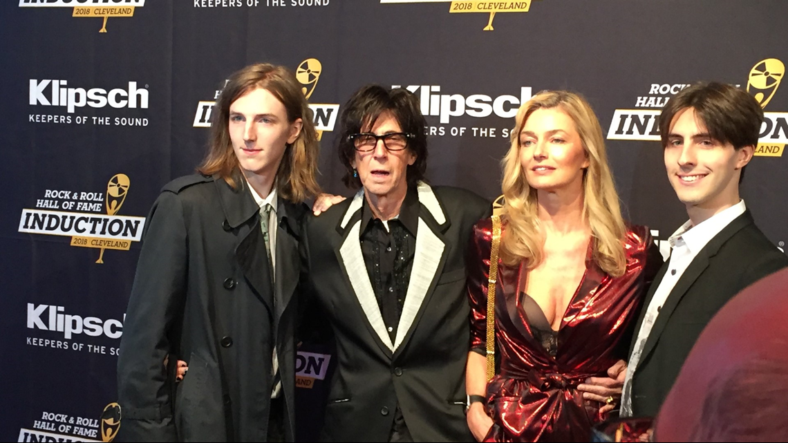 Photos Vips Hit The Red Carpet At Rock Hall Before