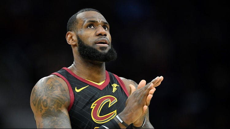 san francisco 35cea 263d1 ... LeBron James sinks buzzer-beater 3 as Cleveland Cavaliers be ...