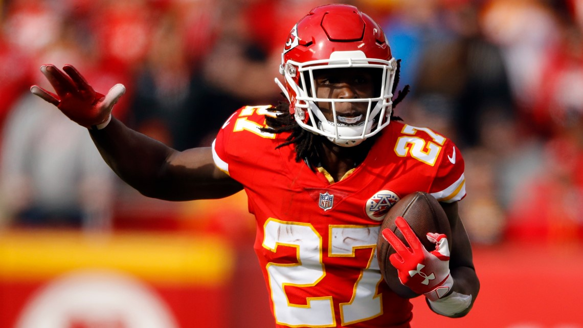 John Dorsey: Kareem Hunt working hard to represent Browns well, on and off the field