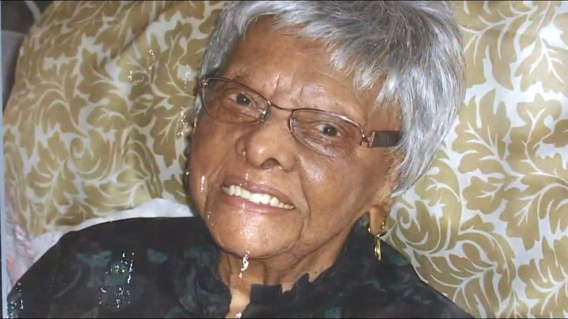 113-year-old Lessie Br...