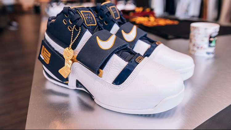6593832f8907 Nike releases retro LeBron James  25 Straight  shoe ahead of Game 1 of 2018  NBA Finals