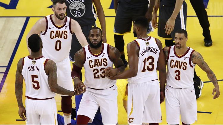 Warriors on verge of sweeping Cavs in NBA Finals