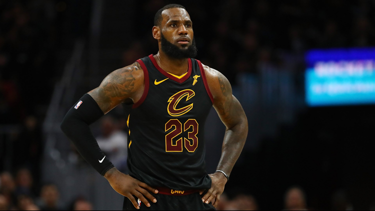 817f42450e2 LeBron James makes it clear to Cleveland Cavaliers he's still in  'championship mode'